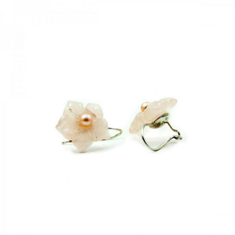 Orecchini a forma di fiore in quarzo rosa